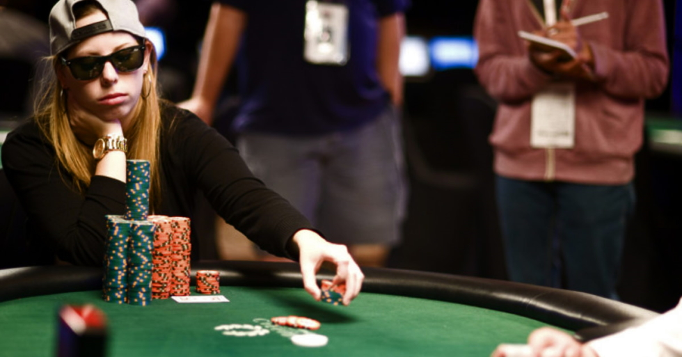 beginner mistakes in poker